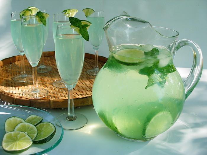 Ajoutez ces ingrédients à vos boissons quotidiennes et débarrassez-vous de votre surpoids corporel plus rapidement !