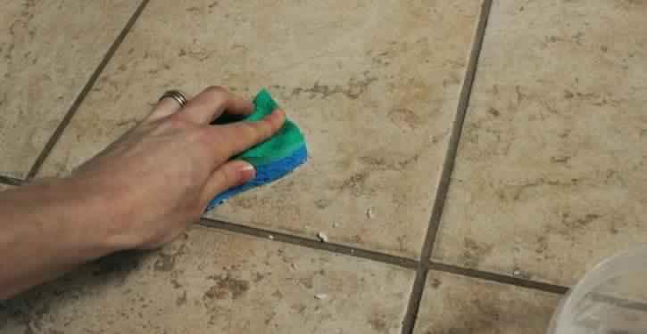 Voici-un-nettoyant-puissant-pour-avoir-une-maison-propre-725x375
