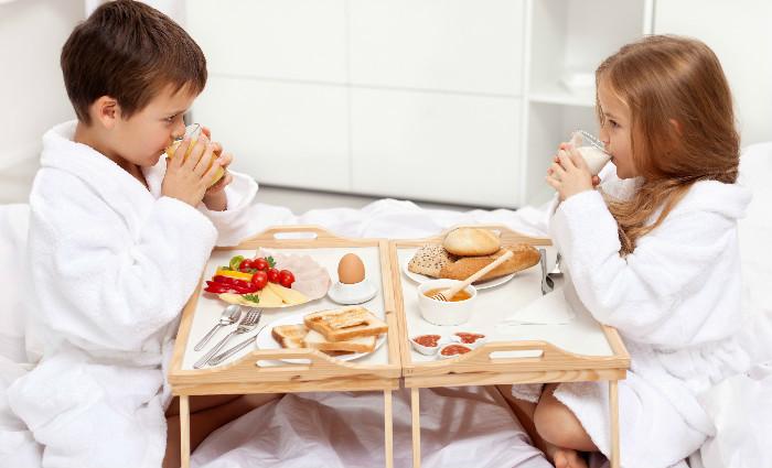 offrez vos enfants ces petits d jeuners nergisants qu ils peuvent emporter avec eux. Black Bedroom Furniture Sets. Home Design Ideas