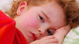 La fièvre scarlatine est de retour et chaque parent doit faire attention à ces signes avant-coureurs !