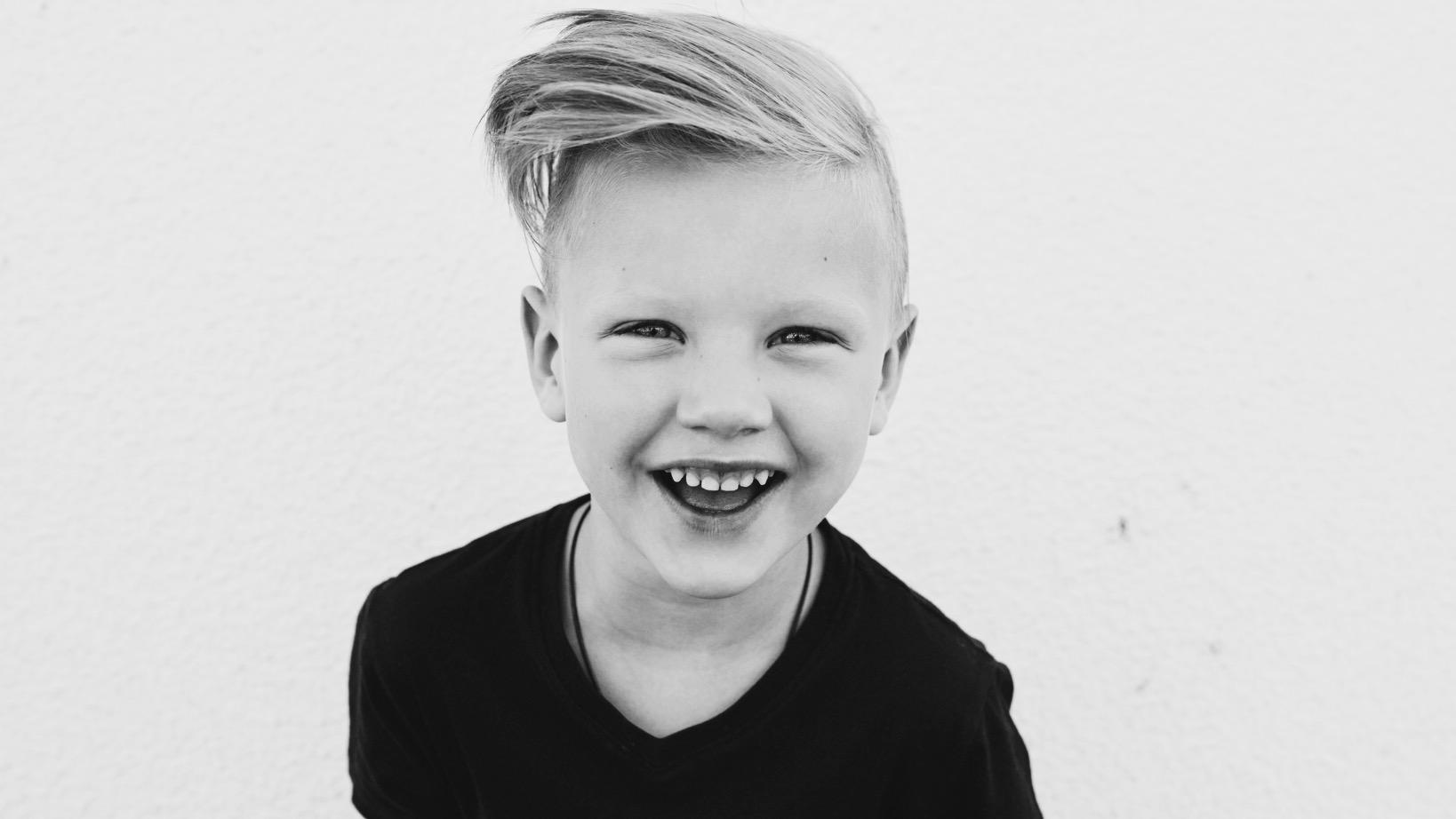 Les chercheurs révèlent 6 choses qui rendent les enfants « plus » heureux.