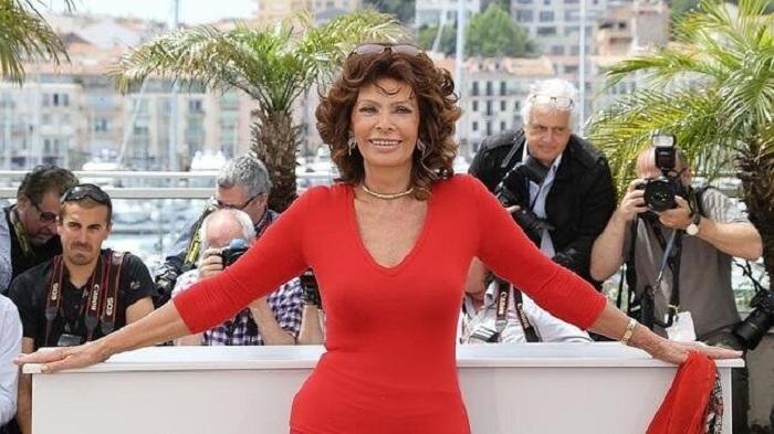 Selon Sophia Loren, « on peut être sensuelle à 81 ans », elle révèle le secret de sa beauté éternelle !