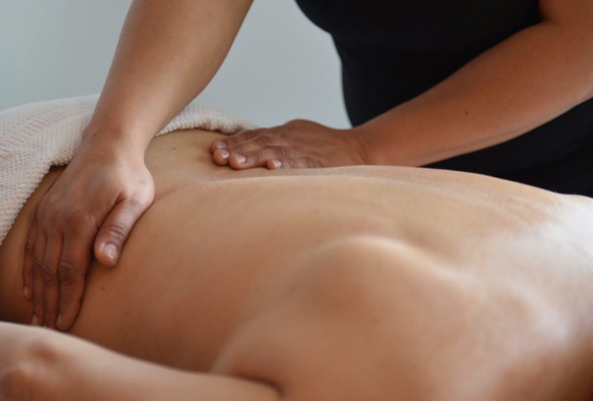 Une étude scientifique démontre que le massage soulage la douleur et réduit la fatigue liée à la sclérose en plaques !