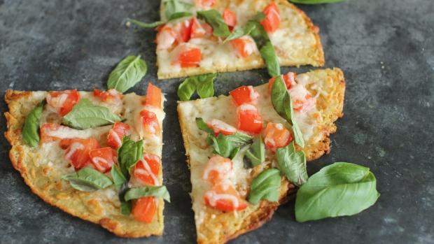 food-kitchenwise-gluten-free-pizza-margherita