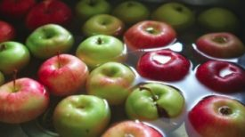 Astuces Naturelles: LA SOLUTION pour éliminer les résidus de pesticides de vos Fruits et Légumes !