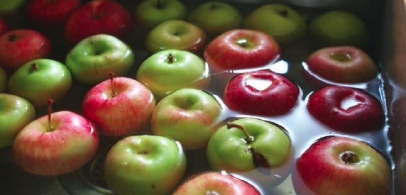 astuces naturelles la solution pour liminer les r sidus de pesticides de vos fruits et l gumes. Black Bedroom Furniture Sets. Home Design Ideas
