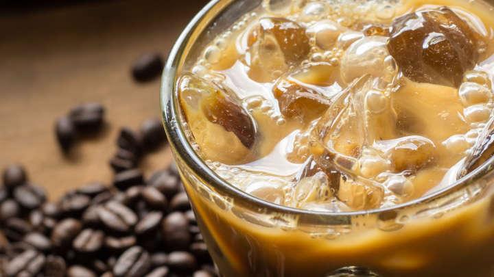 Des bactéries de matières fécales trouvées dans des glaces de trois grandes chaînes de café du Royaume-Uni.