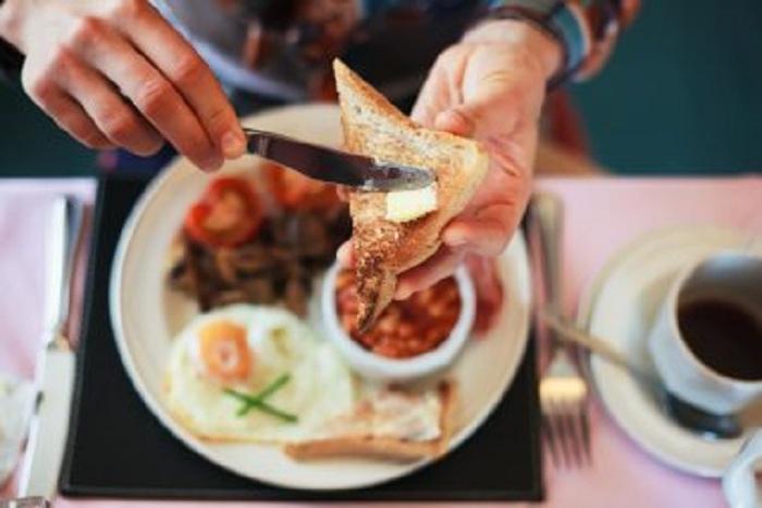 Selon une étude : Ce sont les quatre habitudes alimentaires les plus associés à la perte de poids…