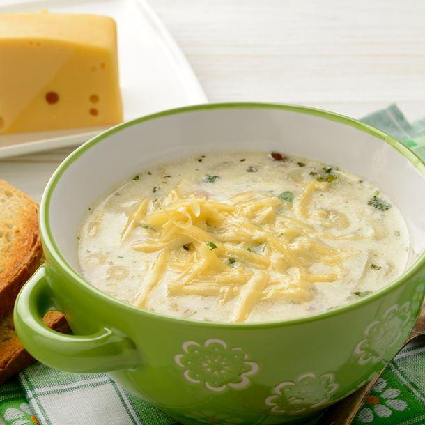Soupe à l'oseille et aux pommes de terre