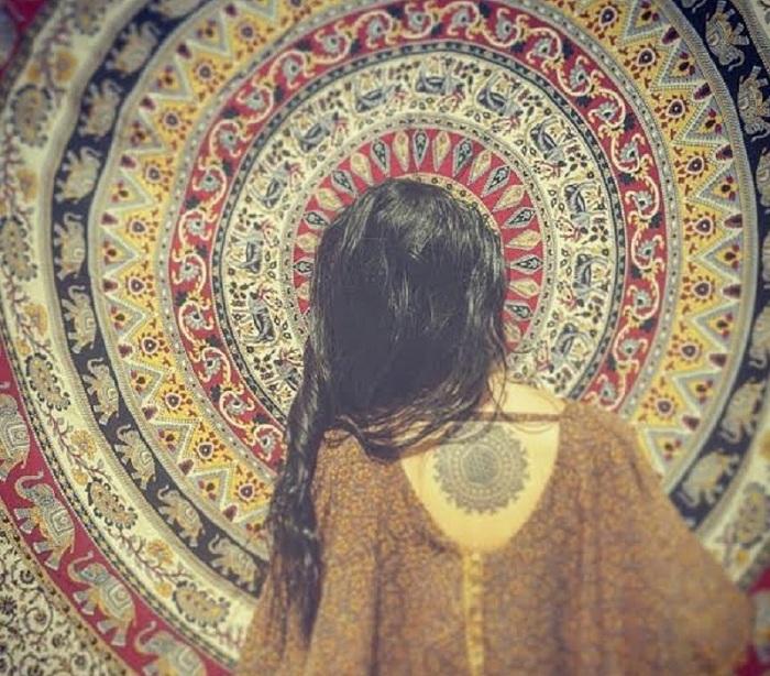 10 raisons de tomber amoureux d'une fille spirituelle !