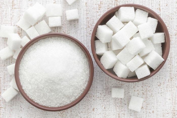 Le sucre ne nourrit pas seulement les cellules cancéreuses, il les produit !