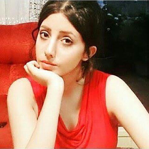 A quoi ressemblait Sahar Tabar, la jeune fan d'Angelina jolie qui a fait 50 opérations chirurgicales pour ressembler à son idole!