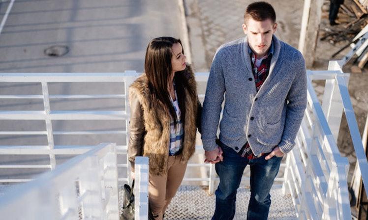 4 signes montrant que vous êtes dans une relation unilatérale (à sens unique) !