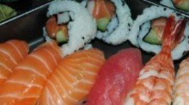 Un amateur de sushi se retrouve infecté par un ver parasite d'1,7 m.