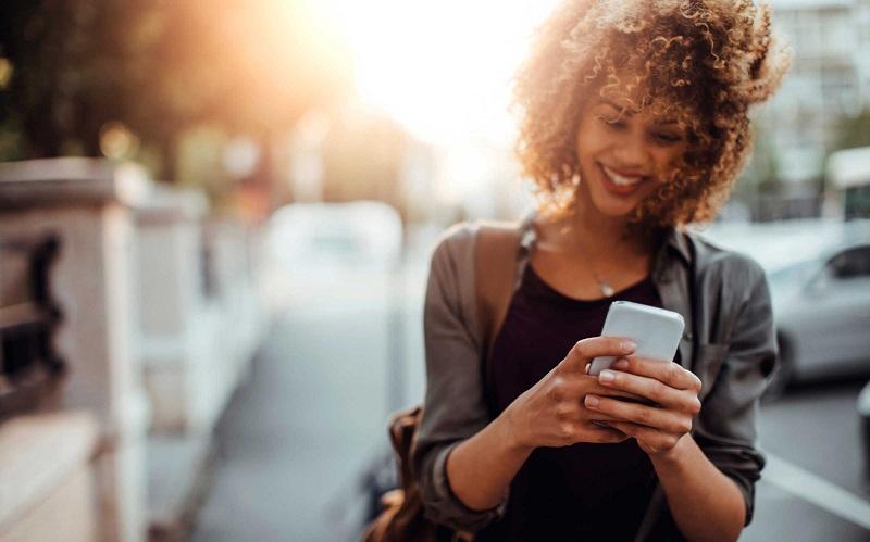 5 détails de votre vie personnelle à ne jamais publier sur les médias sociaux