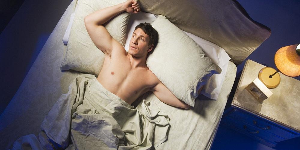 Vos hormones vous gardent-elles éveillé pendant la nuit? Ce simple ajustement dans votre routine de vie est la solution !