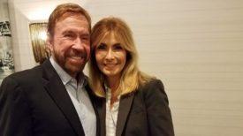 Chuck Norris poursuit 11 compagnies pharmaceutiques pour avoir empoisonné sa femme