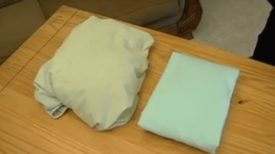 Comment plier un drap-housse en moins d'une minute