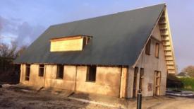Une entreprise néerlandaise dévoile la première maison préfabriquée entièrement construite en cannabis